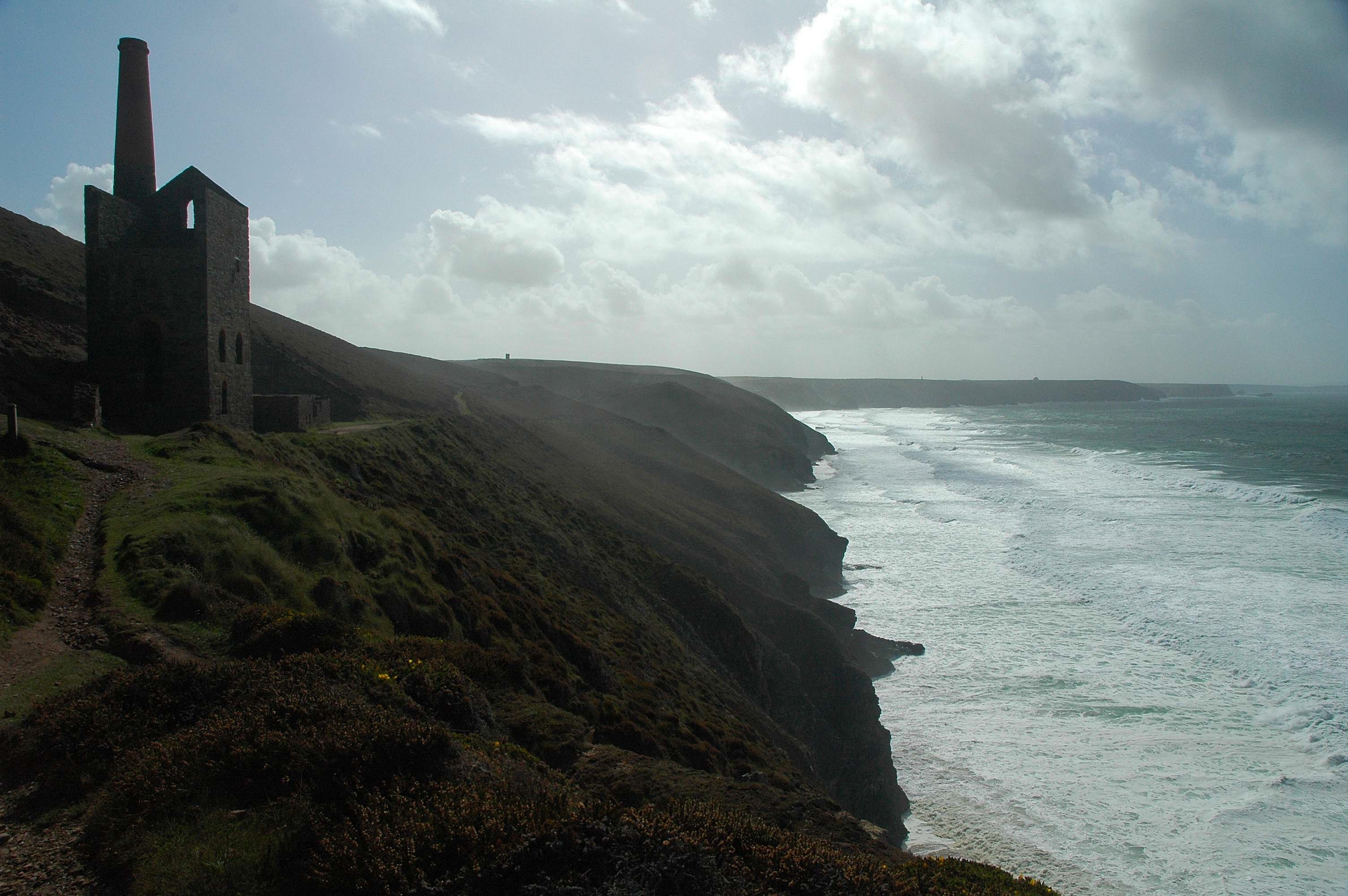 A recommended walk from Trevaunance Cove, St Agnes