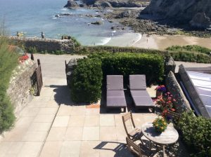 Pier Cot garden with classic sea views, Trevaunance Cove Cottages